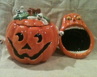 Retired Fitz and Floyd Halloween Cookie Jar