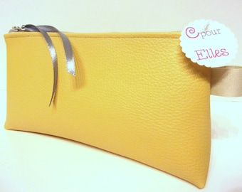 Yellow leatherette makeup