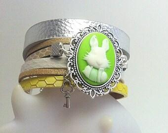 Cuff Alice - Green Bunny