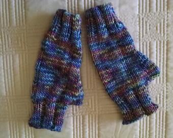 Fingerless Gloves for Women in Luxurious Wool & Silk Yarn