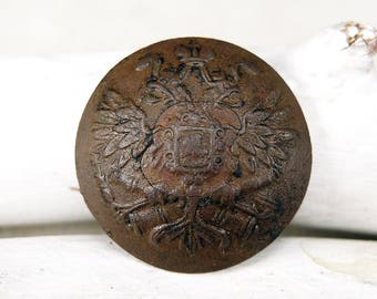 Antique brass button - archaeological excavations - b87