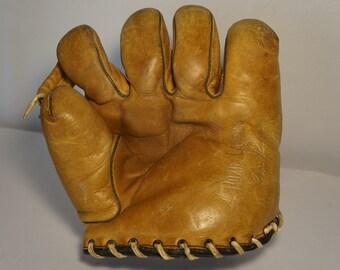 Antique Roxie Lawson Baseball Glove, greaaaaat shape