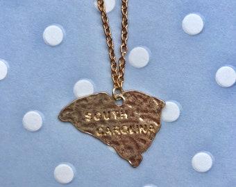 Short South Carolina pendant necklace