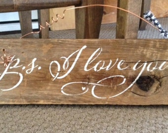 Rustic I Love You Sign