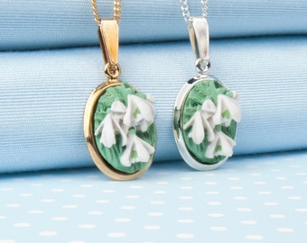 Snowdrops pendant necklace