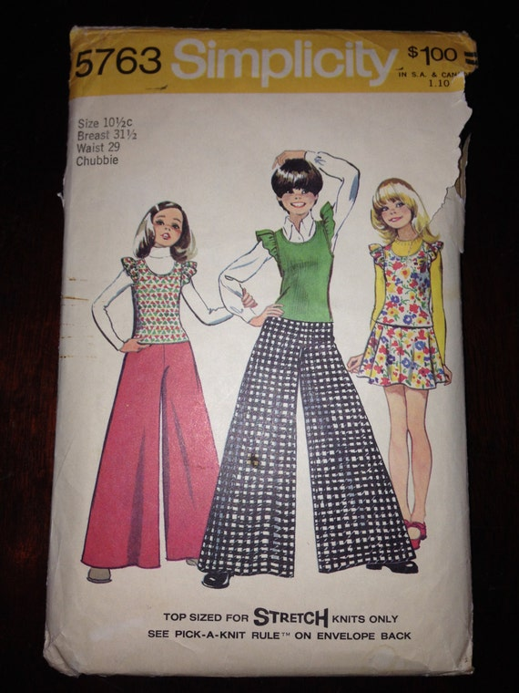 Simplicity 5763 70s Sewing Pattern Girls and Chubbies Pullover Top, Skirt and Wide Leg Pants Size 10 1/2