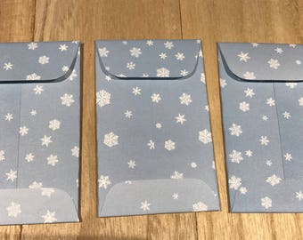 Gift tags with snowflake envelopes