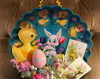 Kitschy Easter/Spring Wall Decor