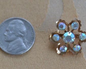 Cute Vintage Aurora Borealis, Gold tone F5loral Scatter Pin (AE6)