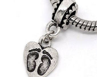 4 bails with hearts and metal feet footprints pendant.