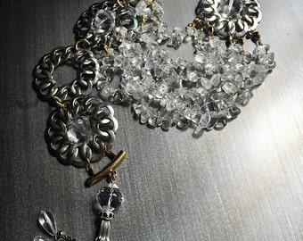 Collier pompon multi-brins de cristal de Quartz