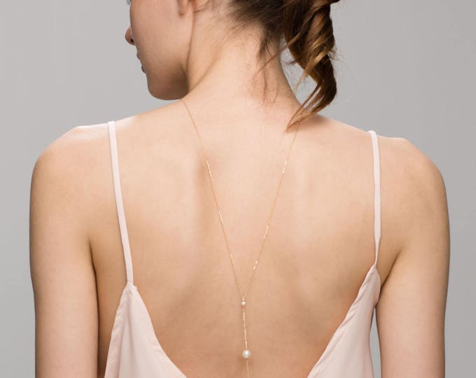 Back Necklace with 3 Pearls // Wedding gown back necklace // Bridal jewelry for low back wedding dress // June's birthstone: pearl