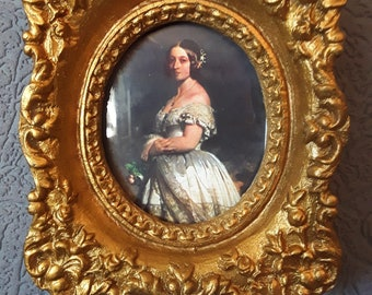 Stunning Portrait Of The Young Queen Victoria In A Perfect Golden Frame
