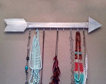 Arrow Jewelry Hanger,Arrow Jewelry Holder,Necklace Hanger,Gifts For Her,Gallery Wall,Distressed Arrow,Organizer,Rustic Arrow,Primitive Decor