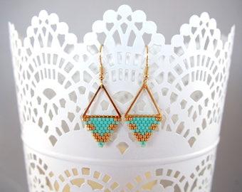 Boucles d'oreilles triangles en perles Miyuki ★ Mint