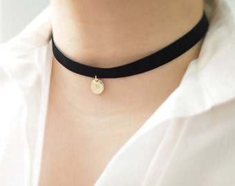 Black Choker,initial necklace,Black Velvet Choker, initial coin,Personalized necklace, Basic Velvet Choker, Simple Choker, choker necklace