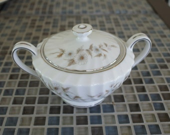 Royal M - Mita  Prelude  Sugar bowl with lid