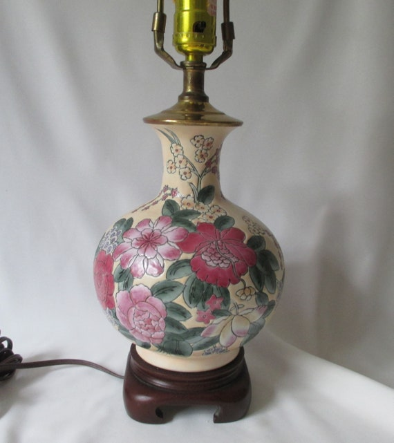 Vintage Chinese Vase Table Lamp Wood Stand Flowers In