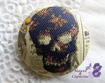 Button out of fabric, skull, 20 mm / 0.78 in