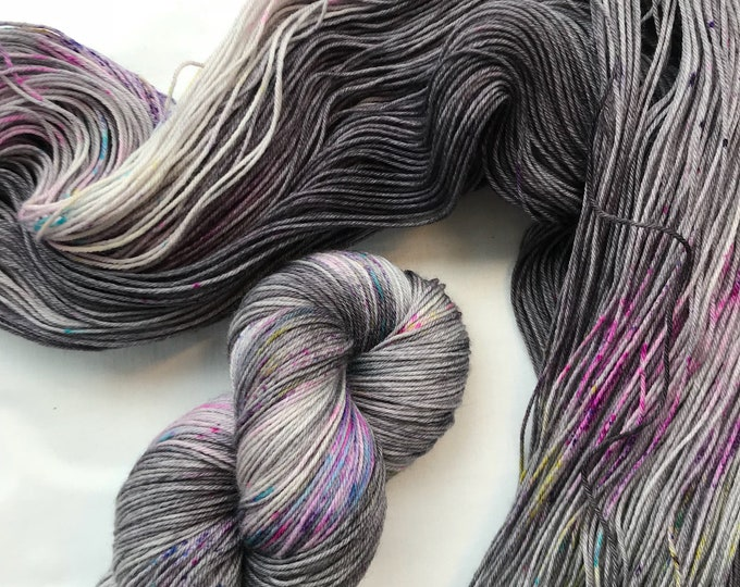 """Granite Speckle 3"" 100g Superwash Merino / Nylon Sock Yarn 4 ply"