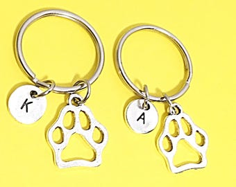 SET OF 2 Personalized Silver Paw Print Keychain Gift Paw Print Custom Keychain Paw Print Keychain Sitter Animal Lover vet tech pet sitter