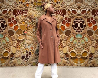 Vintage Brown 1960's Brown Peacoat
