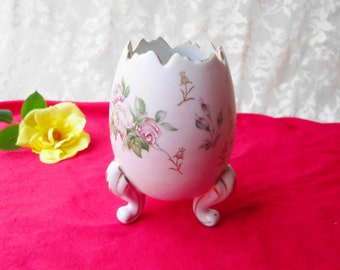 Lavender Porcelain Egg Pedestal Vase Vintage Footed Vase Planter Pot Napco Gold Gild Edges Roses Floral Design