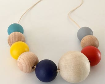 Vibrant tones, wooden beaded neacklace.