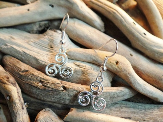 Triskelion Triskele Triple Spiral Fylfot Triquetra Celtic Earring Earrings Ear Ring Rings Drops Drop Pagan Wiccan Wicca Witch