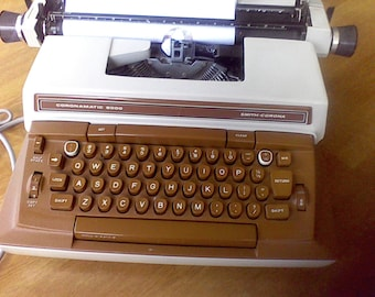 Vintage Smith  Corona Typewriter, good ribbon,Working typewriter, electric typewriter