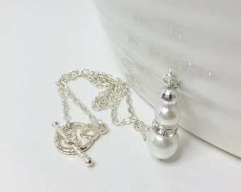 White Pearl Necklace White Bridesmaid Necklace Pearl Jewelry Set White Pearl Pendant Handmade Wedding Jewelry Bridesmaid Gift Beaded Jewelry