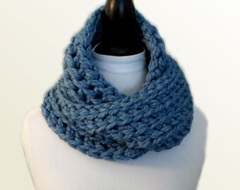 Blue Scarf Infinity Scarf Cowl Knit Crochet Scarf Sea Mist Infiniti Scarf Wool Super Chunky Squishy Womens Beautiful Fashion Statement Cowl