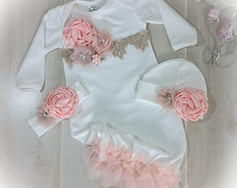 Newborn Girl Coming Home Outfit, Baby Girl Gown, Peach Coming Home Outfit, Baby Girl Take Home Outfit, Newborn Girl Layette