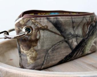Zipper Pouch Clutch Wallet - Long Wallet - Cell Phone Wallet - Errand Runner - Evening Bag -  Real Tree Camo