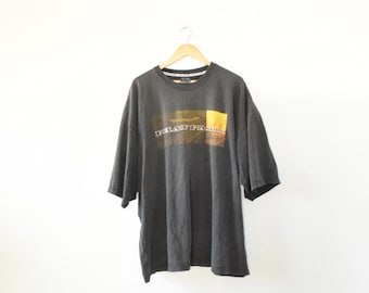 DISTRESSED PHATFARM TEE // size adult xxx large // 90s // t shirt // oversize / graphic / phat farm / urban / baggy / hip hop / vtg vintage