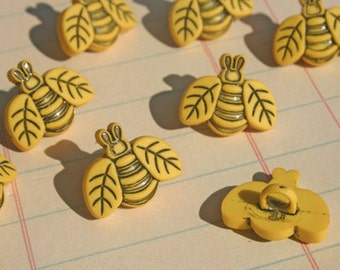 "Yellow Bee Buttons - Shank Sewing Button - 3/4"" Wide - 8 Bees Buttons"