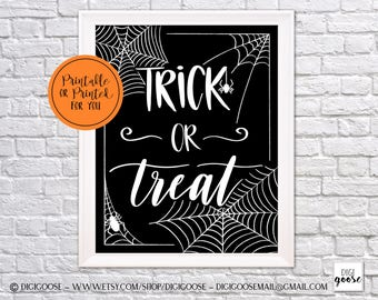 CLEARANCE!! // Instant Download // HALLOWEEN Print // Trick or Treat Print // Halloween Printable Decor // Halloween Wall Art // Wall Prints