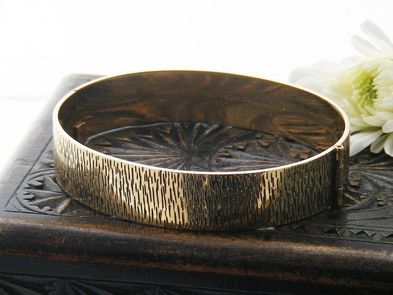 Vintage Bracelet | 9ct Rolled Gold Bangle | Mid Century Modern Jewelry | Bark Pattern Gold Bracelet -  Hinged Bangle 1960s Wedding Bracelet