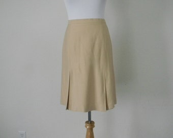 FREE usa SHIPPING Vintage women's pleated cream color A-line minimalist skirt size 8P
