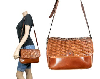 Brown Woven Leather Purse // Brown Leather Messenger Purse // H272