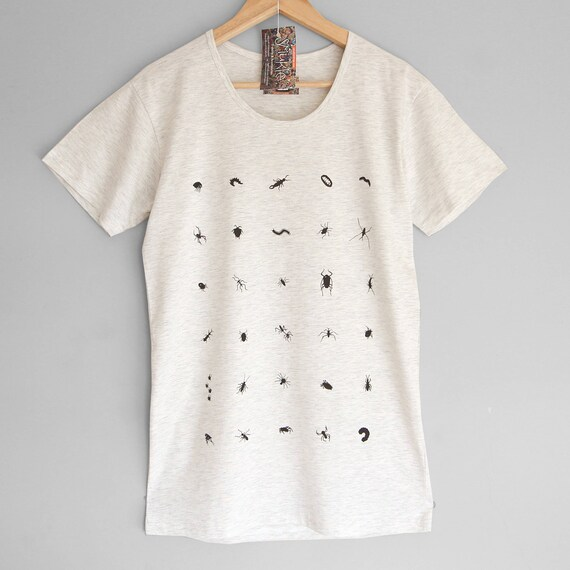 S M XL 2XL CRAWLERS. Bugs, insects and other crawlers hand printed. Cotton t-shirt.  T-shirt with bugs, insects and crawlers.