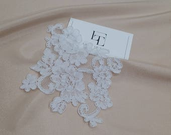 Snow white Lace applique, Ivory lace, French Chantilly lace applique, 3D lace, bridal applique, Applique M0053