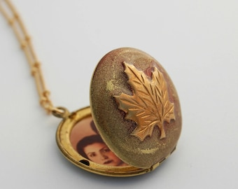 Vintage Maple Leaf Locket Necklace Canadian Canada Maple Leaves Custom Photo Jewelry Personalized Gifts Tree Photograph Necklaces Handmade