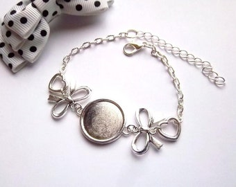 1 cabochon 18mm, bow tie and heart silver bracelet holder