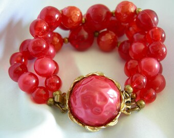 SALE Cherry Red 3 Strand Beaded Gold Tone Bracelet with Baroque Cabochon Clasp - Unsigned - Vintage