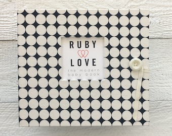 BABY BOOK | Black and White Dotty Album