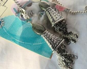 Kette-Pull-paar mit Quaste und Edelstein Perlen Akzent