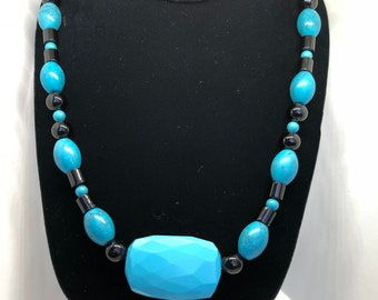 A11 Natural Turquoise and Onix