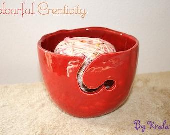 Yarn bowl - Red swirl