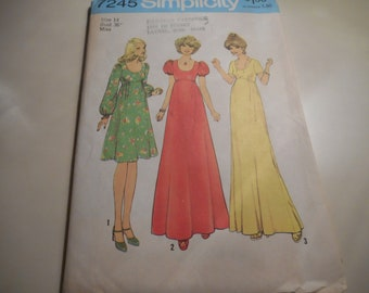 Vintage 1970's Simplicity 7245 Dress Sewing Pattern Size 14 Bust 36